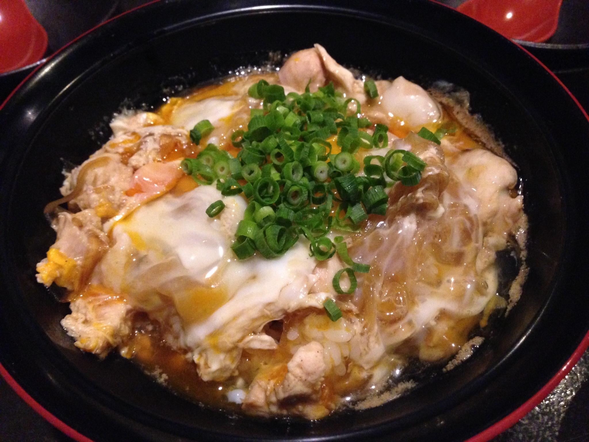 くつろぎ三四郎の親子丼