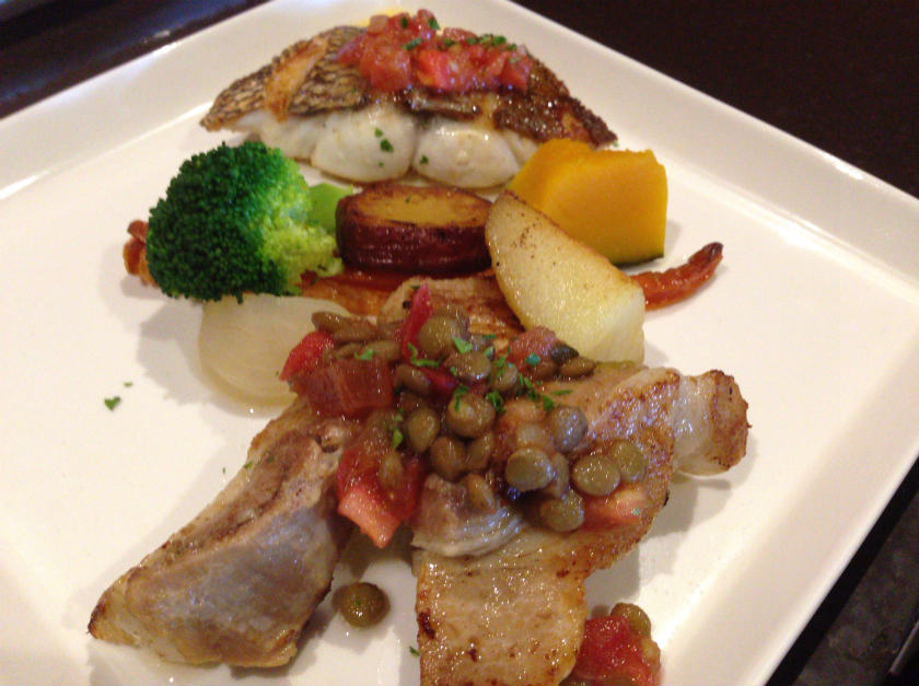 お肉とお魚料理の盛り合せ