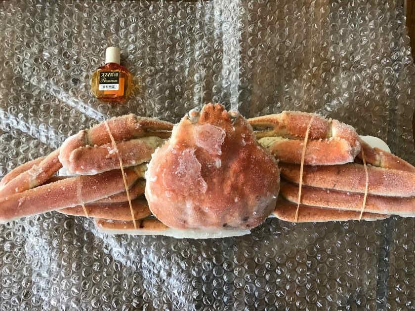 かにまみれ『四大蟹セット』のズワイガニの大きさ
