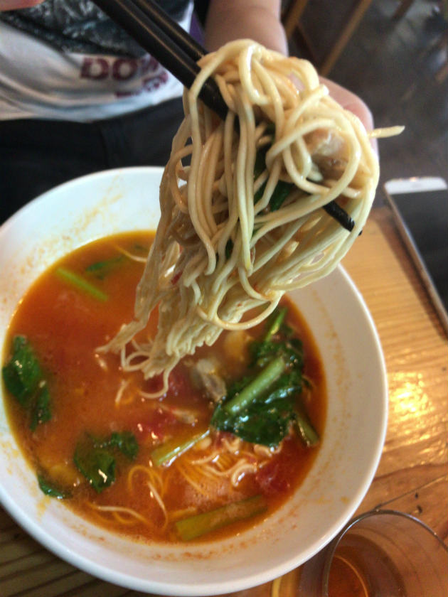 麺屋とまと宮崎店のトマトラーメン