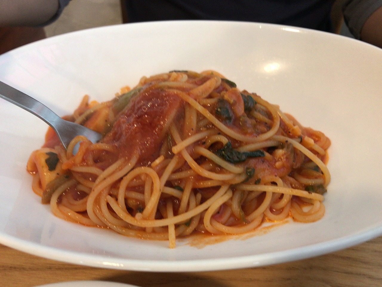 フェリーチェのトマトソースパスタ